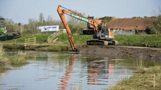 Dredging in Somerset