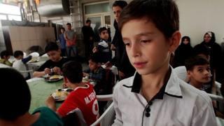 داخل إيران: هل يدفع الفقراء ثمن العقوبات؟