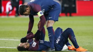Neymar pourrait rater le choc face au Real Madrid.
