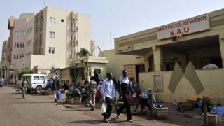 Des services de l'hôpital Gabriel Touré, l'un des principaux établissements de santé du Mali