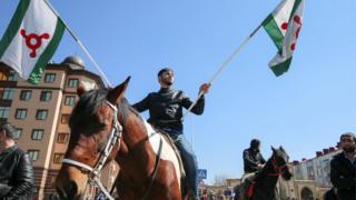 """Участник митинга против обсуждения законопроекта """"О референдуме Республики Ингушетия"""""""