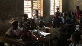 burkina,faso,ouagadougou,éducation,enseignants,élèves,grève,protocole