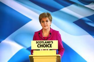 Nicola Sturgeon speaking to the press in Edinburgh