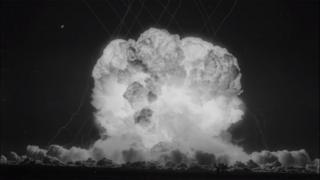 Imágenes de la detonación en la Operación Teapot