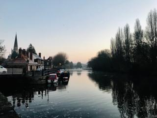 First dustings of ice on St Helen's Wharf, Abingdon