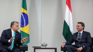 Jair Bolsonaro com o premiê da Hungria, Viktor Orbán, em 2 de janeiro