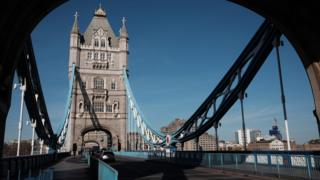 in_pictures Tower Bridge 24 March 2020
