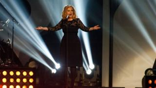 Adele sings at the Brit awards 2012