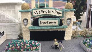 A knitted Wellington Pier, Great Yarmouth