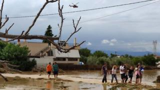 Greece floods: At least five killed after Evia island storms thumbnail