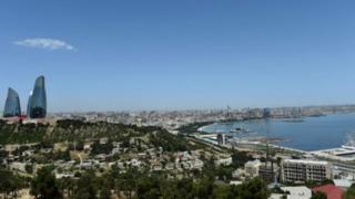 Баку - вид на Примроский бульвар и бухту