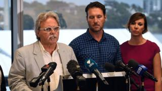 Justine Damond's family express concerns about the investigation into her death at a press conference in Sydney