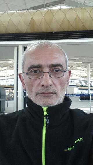 """Erməni yazıçı Vahe Avetian Azərbaycana """"sülh üçün"""" gəldiyini deyir"""