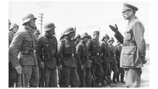 Генерал Власов жана анын Орустарды боштондукка чыгаруу армиясы