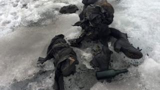 Pertences de Marcelin e Francine Dumoulin, encontrados na geleira Tsanfleuron