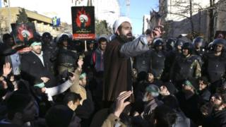 Muslim cleric addresses crowd in Tehran, 3 Jan