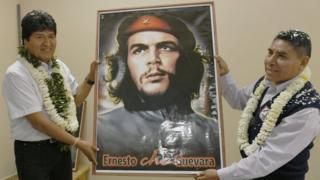 Evo Morales con un cuadro del Che (Foto: ABI)