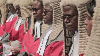 Les juges en chef de la Cour suprême lors de la cérémonie d'investiture du président Emmerson Mnangagwa.