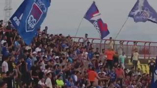 سرودخوانی در استادیوم فوتبال برای حضور زنان در ورزشگاهها