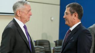 ABD Savunma Bakanı Mattis ile Türk Savunma Bakanı Canikli 8 Kasım'da Brüksel'de bir araya geldi.