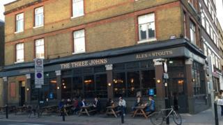 Three Johns pub, Islington