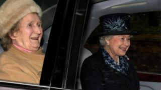 Margaret Rhodes and the Queen in 2008