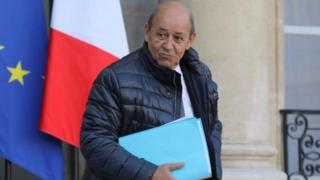 سفر از پیش برنامه ریزی شده وزیر خارجه فرانسه به تهران در دی ماه به دلیل اعتراضات در ایران به تعویق افتاد