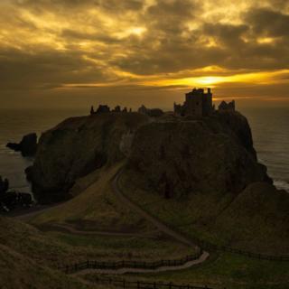 Dunnottar castle at sunrise