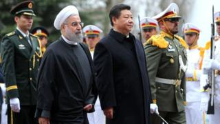 Chinese President Xi Jinping with Iranian President Hassan Rouhani in Tehran on 23 January 2016