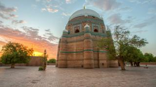 Tomb of Shah Rukn-e-Alam by Syed Bilal Javaid