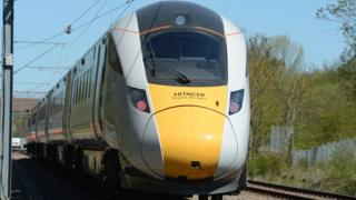 "The Class 800 Hitachi InterCity Express is undergoing ""dynamic testing"""