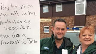 Paramedics Alison and Gary with the note