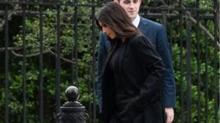 Kardashian arrives at the White House