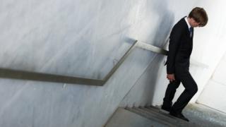 Чоловік на сходах