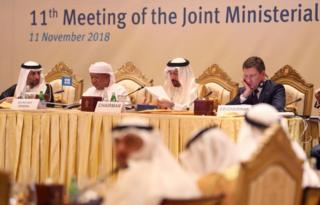 عربستان در حالی از کاهش صادرات نفت خبر داده است که هنوز توافق جامعی در بین اعضای سازمان کشورهای صادرکننده نفت وجود ندارد.