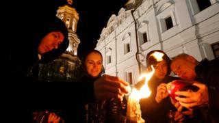 Верующие в Киево-Печерской лавре