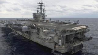"""美國海軍""""里根""""號航母"""