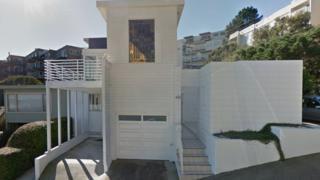 Будинок, який потрапив в об'єктив Google Streetview у 2014 році, спроектува модерніст Ріхард Нойтра