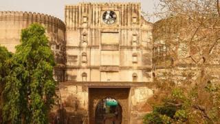 احمدآباد کا قلع بند شہر