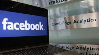 Facebook na Cambridge Analytica
