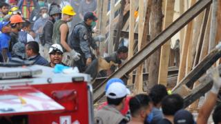 Rescate en la escuela Enrique Rebsamen en Ciudad de México.