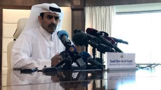 وزير الطاقة القطري سعد شريدة الكعبي، يتحدث خلال مؤتمر صحفي في الدوحة عن مغادرة قطر لمنظمة الأوبك الشهر المقبل من أجل تركيز دول الخليج على إنتاج الغاز. 3 ديسمبر/كانون الأول 2018.