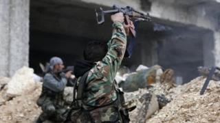 กองกำลังรัฐบาลซีเรียเดินหน้ายึดคืนพื้นที่จากกลุ่มกบฏในเมืองอเลปโปได้เพิ่มมากขึ้น