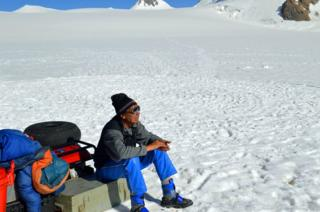 В ледниках Таджикистана