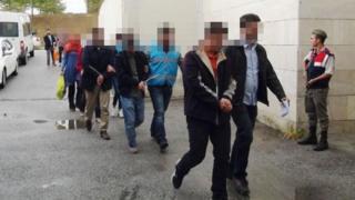 28 Eylül'de Sakarya'da 'Bylock' kullandıkları gerekçesiyle gözaltına alınan kişiler
