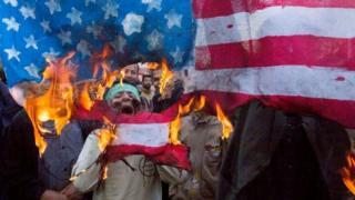 અમેરિકાના વિરોધમાં તહેરાનમાં હજારો લોકો રસ્તા ઉપર ઉતરી આવ્યા હતા