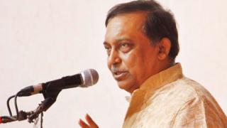 আসাদুজ্জামান খান, বাংলাদেশের স্বরাষ্ট্রমন্ত্রী।