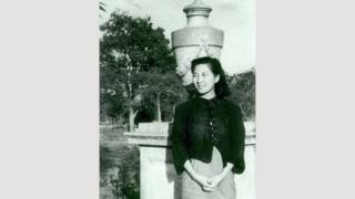 Xia Peisu pasaría de obtener un doctorado en ingeniería eléctrica a diseñar la primera computadora electrónica de propósito general de China.