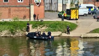 Scene at Frankwell Quay from Radio Shropshire reporter
