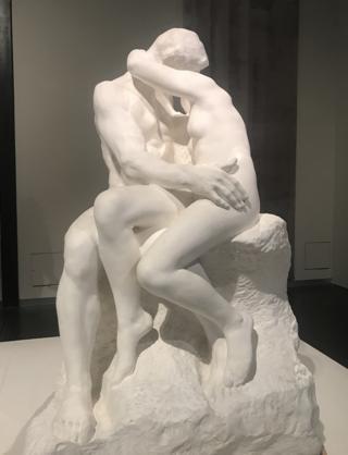 تمثال القبلة لرودان